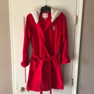 Victoria secret VS red soft fuzzy robe Small